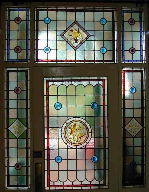 gambar-desain-kaca-patri-bergaya-victoria | Elite Art Glass